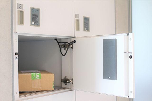 宅配ボックスってどんなサイズ・機能があるの?それぞれ商品をご紹介していきます!
