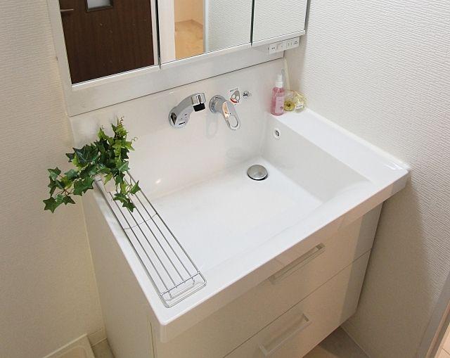 洗髪洗面化粧台と洗面化粧台と洗面台 3つの違いを知っていますか?